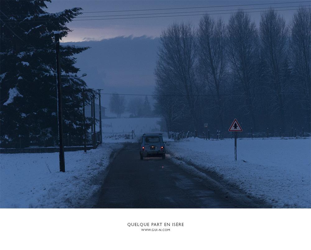 neige-les-avenieres-2CV