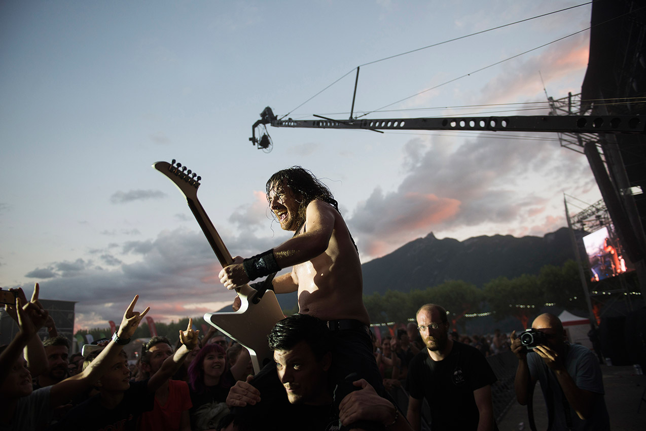 Airbourne on stage