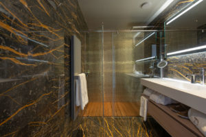 Luxury Retreat, Chalet La Datcha, Val Thorens