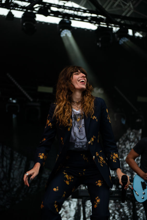 Lou Doillon on stage at Musilac